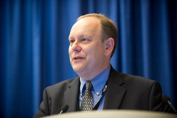 Chicago, IL - ASCO 2011 Annual Meeting:  Edward Shaw, MD speaks during the Communicating Effectively Across the Trajectory of Cancer and Survivorship (eQuestions) at the American Society for Clinical Oncology Annual Meeting here today, Monday June 6, 2011. Over 25,000  physicians, researchers and healthcare professionals from over 100 countries are attending the meeting which is being held at the McCormick Convention center and features the latest cancer research in the areas of basic and clinical science. Date: Monday June 6, 2011 Photo by © GMG/Zach Boyden-Holmes 2011 Technical Questions: todd@toddbuchanan.com; ASCO Contact: photos@asco.org Event Name: Communicating Effectively Across the Trajectory of Cancer and Survivorship (eQuestions)