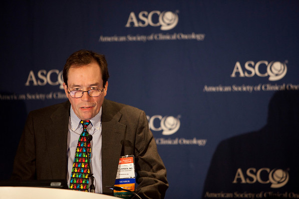 Chicago, IL - ASCO 2012 Annual Meeting: - Eric Larsen, MD speaks during the Highlighted Research Press Conference at the American Society for Clinical Oncology (ASCO) Annual Meeting here today, Friday June 1, 2012.  Over 31,000 physicians, researchers and healthcare professionals from over 100 countries are attending the meeting which is being held at the McCormick Convention center and features the latest cancer research in the areas of basic and clinical science. Photo by © ASCO/Scott Morgan 2012 Technical Questions: todd@toddbuchanan.com; ASCO Contact: photos@asco.org
