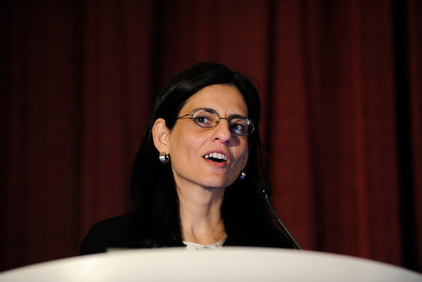 Chicago, IL - ASCO 2011 Annual Meeting: - Susan Halabi, Ph.D., during Pre-AM Seminar: Designs for Contemporary Early-Phase Clinical Trials at the American Society for Clinical Oncology (ASCO) Annual Meeting here today, Friday June 1, 2012.  Over 31,000 physicians, researchers and healthcare professionals from over 100 countries are attending the meeting which is being held at the McCormick Convention center and features the latest cancer research in the areas of basic and clinical science. Photo by © ASCO/Phil McCarten 2012 Technical Questions: todd@toddbuchanan.com; ASCO Contact: photos@asco.org