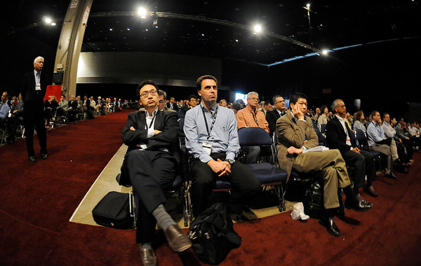 Chicago, IL - ASCO 2011 Annual Meeting: - Attendees  during Pre-Plenary simulcast at the American Society for Clinical Oncology (ASCO) Annual Meeting here today, Sunday June 3, 2012.  Over 31,000 physicians, researchers and healthcare professionals from over 100 countries are attending the meeting which is being held at the McCormick Convention center and features the latest cancer research in the areas of basic and clinical science. Photo by © ASCO/Phil McCarten 2012 Technical Questions: todd@toddbuchanan.com; ASCO Contact: photos@asco.org