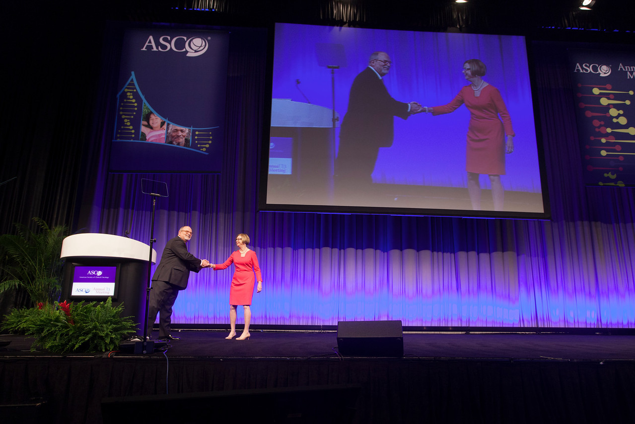 Chicago, IL - ASCO 2013 Annual Meeting: - Opening Session at the American Society of  Clinical Oncology (ASCO) Annual Meeting here today, Saturday June 1, 2013.  Over 30,000 physicians, researchers and healthcare professionals from over 100 countries are attending the meeting which is being held at the McCormick Convention center and features the latest cancer research in the areas of basic and clinical science. Photo by © ASCO/Silas Crews 2013 Technical Questions: todd@toddbuchanan.com; ASCO Contact: photos@asco.org
