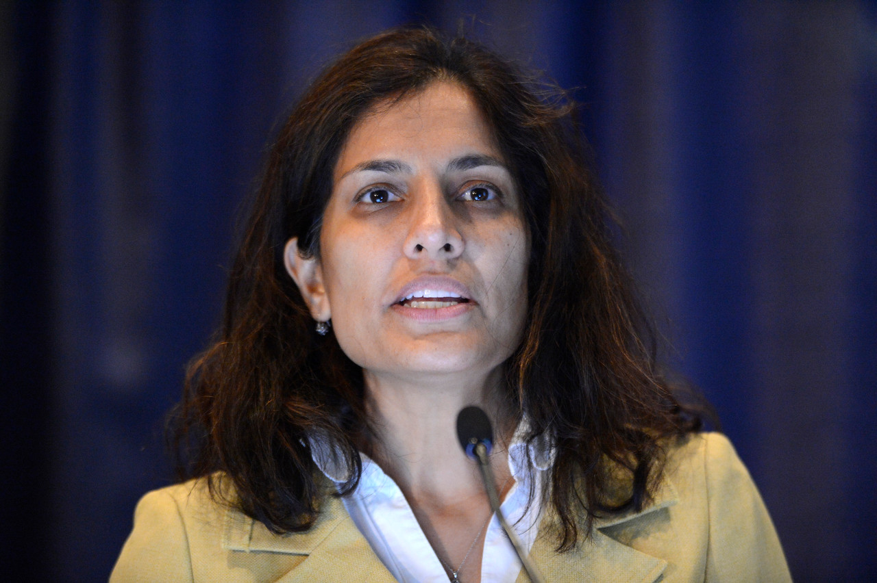 Chicago, IL - ASCO 2013 Annual Meeting: - Anita Mahajan, M.D.,  speaks during Ed Ses: Photons or Protons for Non-Central Nervous System Malignancies in Children: Point/Counterpoint at the American Society for Clinical Oncology (ASCO) Annual Meeting here today, Saturday June 1, 2013.  Over 30,000 physicians, researchers and healthcare professionals from over 100 countries are attending the meeting which is being held at the McCormick Convention center and features the latest cancer research in the areas of basic and clinical science. Photo by © ASCO/Phil McCarten 2013 Technical Questions: todd@toddbuchanan.com; ASCO Contact: photos@asco.org