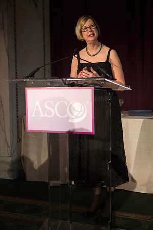 Chicago, IL - ASCO 2013 Annual Meeting: - Sandra M. Swain during ASCO President's Dinner at the American Society for Clinical Oncology (ASCO) Annual Meeting here today, Friday May 31, 2013.  Over 30,000 physicians, researchers and healthcare professionals from over 100 countries are attending the meeting which is being held at the McCormick Convention center and features the latest cancer research in the areas of basic and clinical science. Photo by © ASCO/Scott Morgan 2013 Technical Questions: todd@toddbuchanan.com; ASCO Contact: photos@asco.org