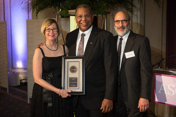 Chicago, IL - ASCO 2013 Annual Meeting: - Special Recognition Award winner Otis W. Brawley, MD, FACP, FASCO, during ASCO President's Dinner at the American Society of Clinical Oncology (ASCO) Annual Meeting here today, Friday May 31, 2013.  Over 30,000 physicians, researchers and healthcare professionals from over 100 countries are attending the meeting which is being held at the McCormick Convention center and features the latest cancer research in the areas of basic and clinical science. Photo by © ASCO/Scott Morgan 2013 Technical Questions: todd@toddbuchanan.com; ASCO Contact: photos@asco.org