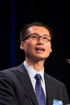 "San Francisco, CA -GU Cancers Symposium 2014: Daniel Yick Chin Heng, MD, MPH discusses ""Prognosis, Prediction, and Update From the International Metastatic Renal Cell Carcinoma Database Consortium"" during General Session 8: Renal Cancer—Genomics, Prognosis, and Therapies at the 2014 Genitourinary Cancers Symposium here today, Saturday February 1, 2014. Over 3,100 physicians, researchers, patient advocates and healthcare professionals from over 50 countries attended the meeting which features the latest research on genitourinary cancer treatment and prevention. Photo by © ASCO/Todd Buchanan 2014 Technical Questions: todd@medmeetingimages.com"