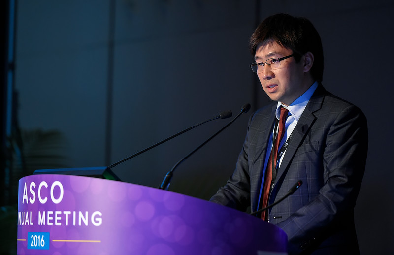 Steven I. Park, MD, presents Abstract 7508 during Hematologic Malignancies? Lymphoma and Chronic Lymphocytic Leukemia Oral Abstract Session