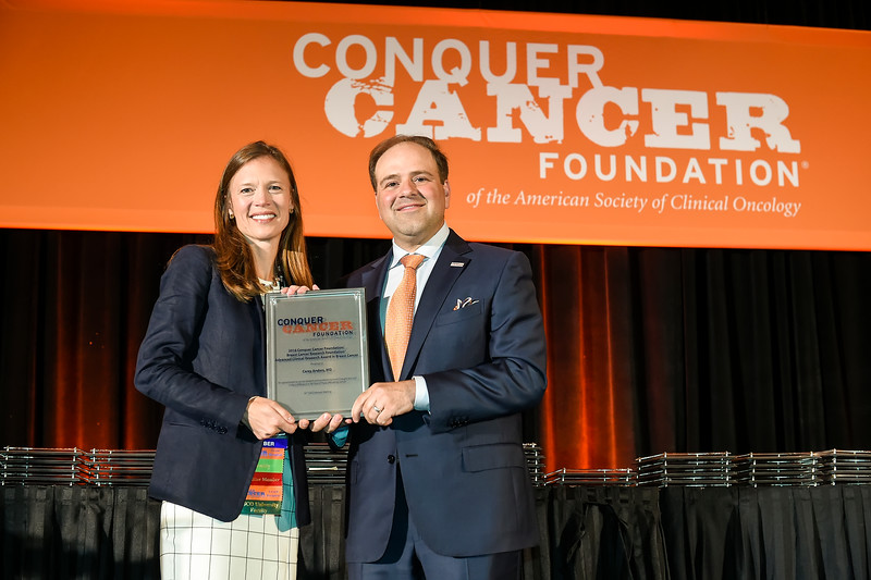 2016 Conquer Cancer Foundation Grant and Award recipients receiving their award plaques during 2016 Conquer Cancer Foundation Grants and Awards Ceremony