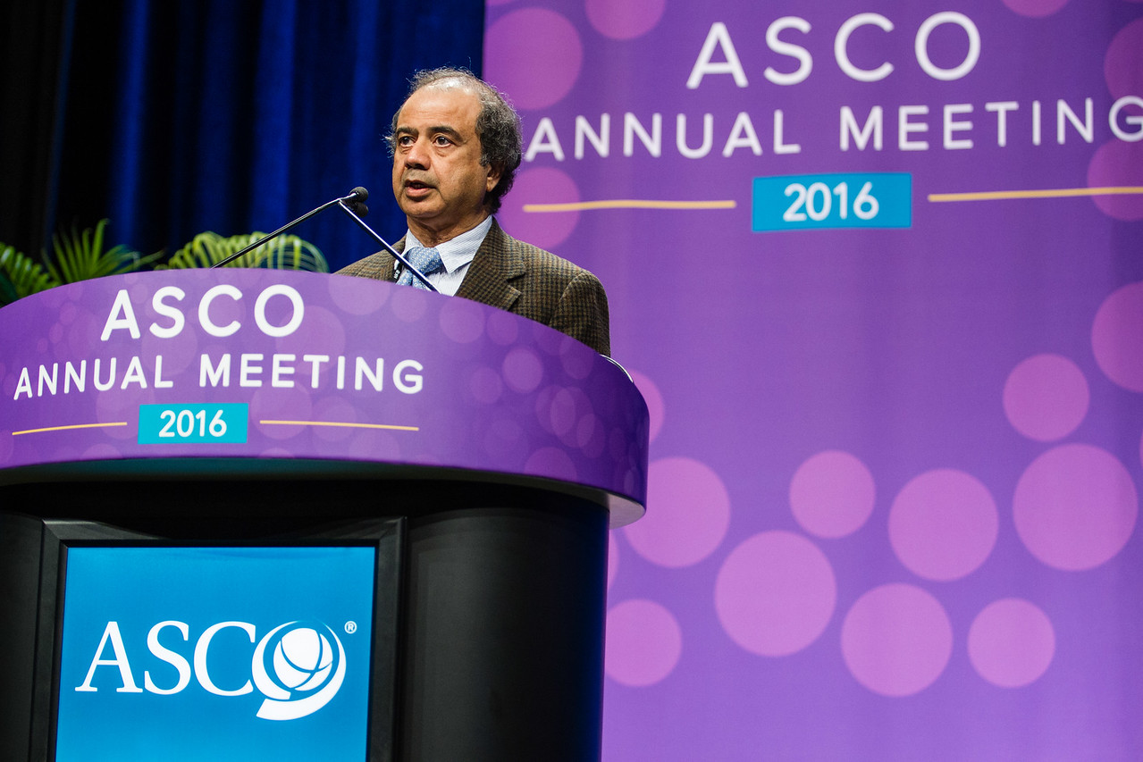 Jaffer A. Ajani, MD, discusses how and when to do HER2 testing during HER2, VEGFR, and Beyond: Genomic Profiling of Upper Gastrointestinal Tract Cancers and the Future of Personalized Treatment