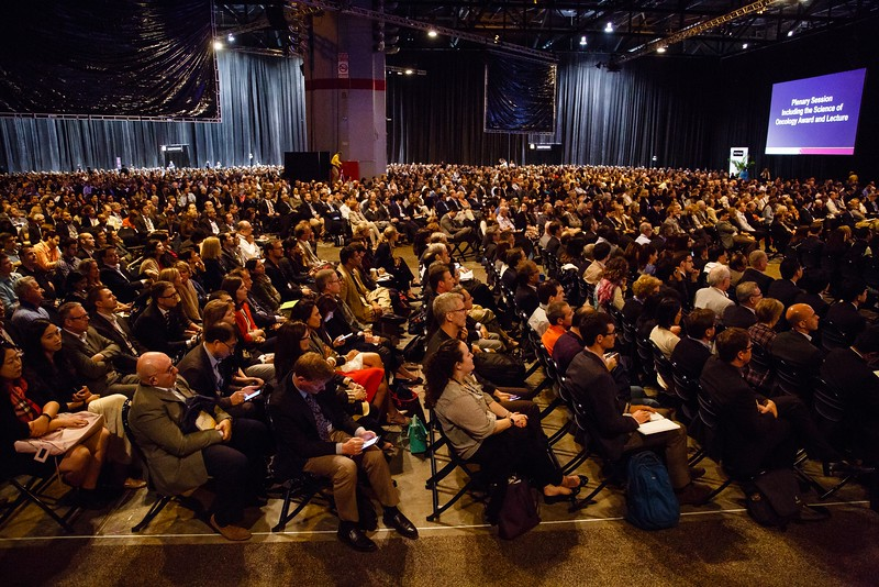 Attendees listen to the cutting-edge research presented during Plenary Session including Science of Oncology Award and Lecture