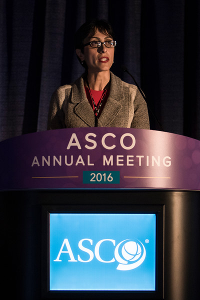 Session Chair Laleh Amiri-Kordestani, MD, during Heart to Heart: How to Protect the Heart During Cancer Therapy