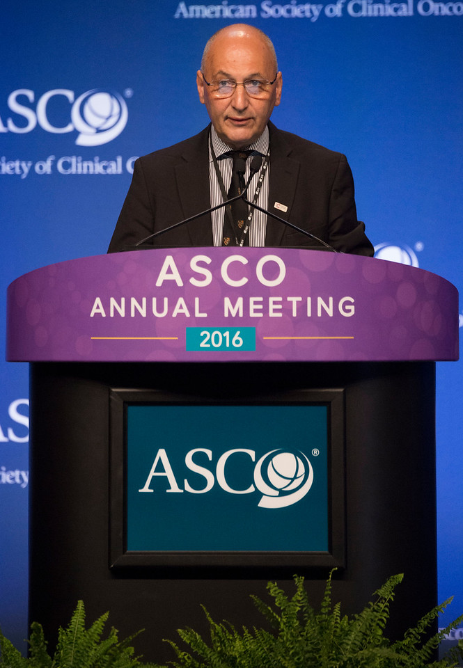 John P. Neoptolemos, MD, PhD, presenting abstract LBA4006, ESPAC-4: A multicenter, international, open-label randomized controlled phase III trial of adjuvant combination chemotherapy of gemcitabine (GEM) and capecitabine (CAP) versus monotherapy gemcitabine in patients with resected pancreatic ductal adenocarcinoma during the Gastrointestinal (Colorectal) Cancer Oral Abstract Session