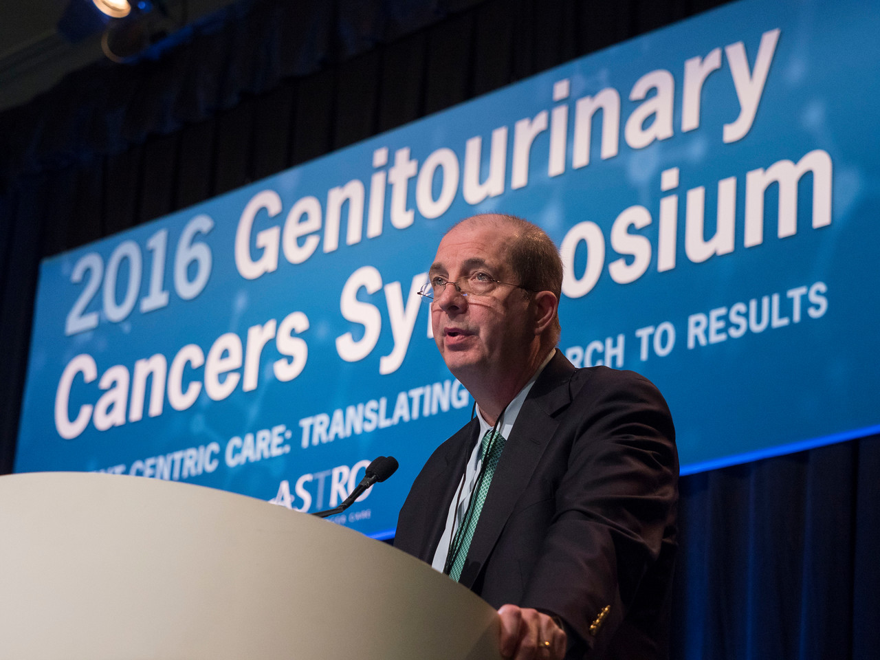 Robert J. Motzer, MD, presenting Abstract 498 - Oral Abstract Session C: Renal Cell Cancer