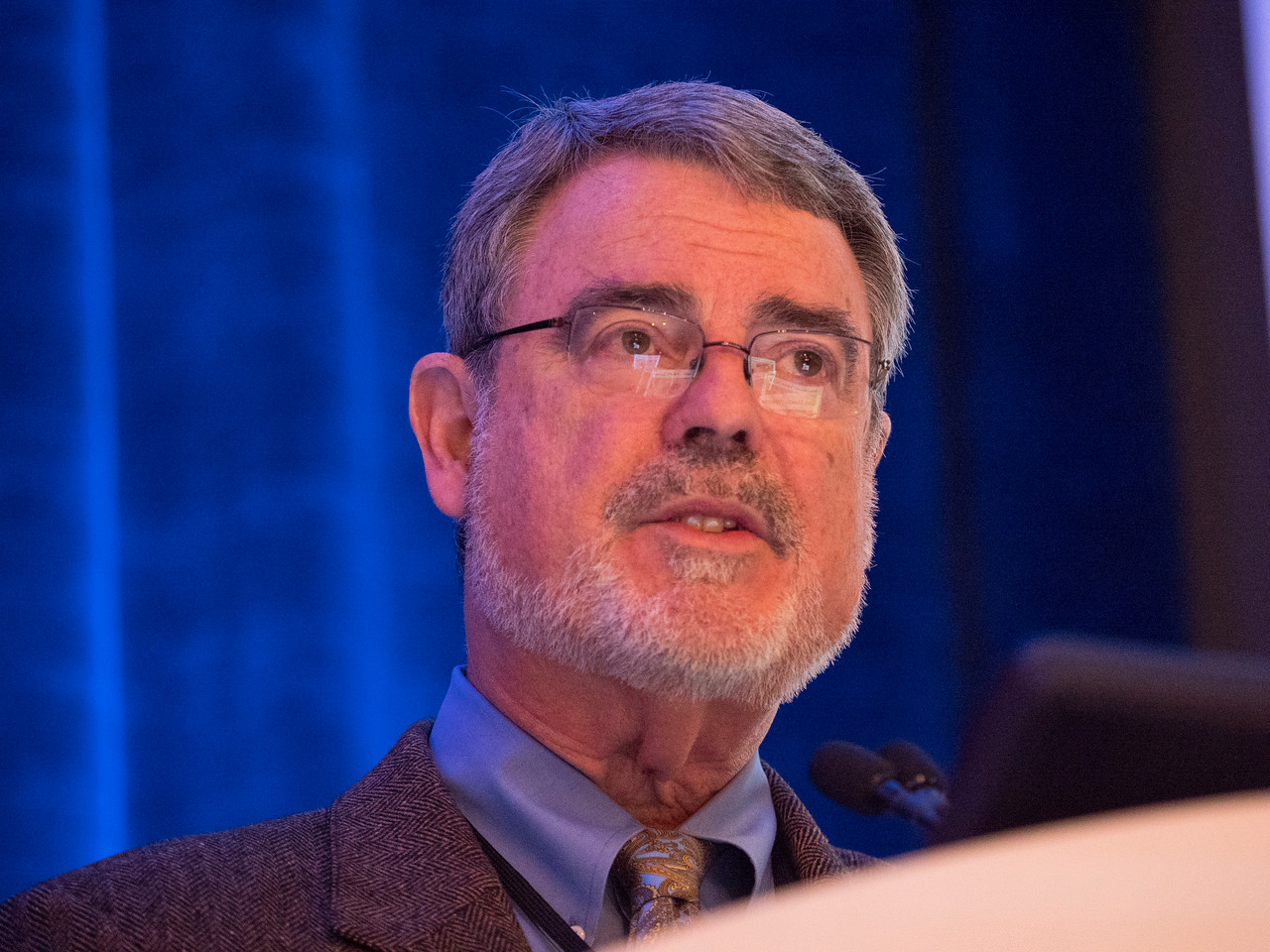 Dr. Fitzhugh Mullan delivers a keynote lecture - Welcome & Keynote Lecture: The History of Cancer Survivorship