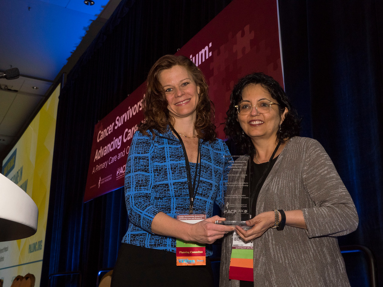 Dr. Ann Partridge presenting the Keynote Award to Dr. Smita Bhatia - Welcome & Keynote Lecture: Long-term and Late Effects: The Science of Survivorship