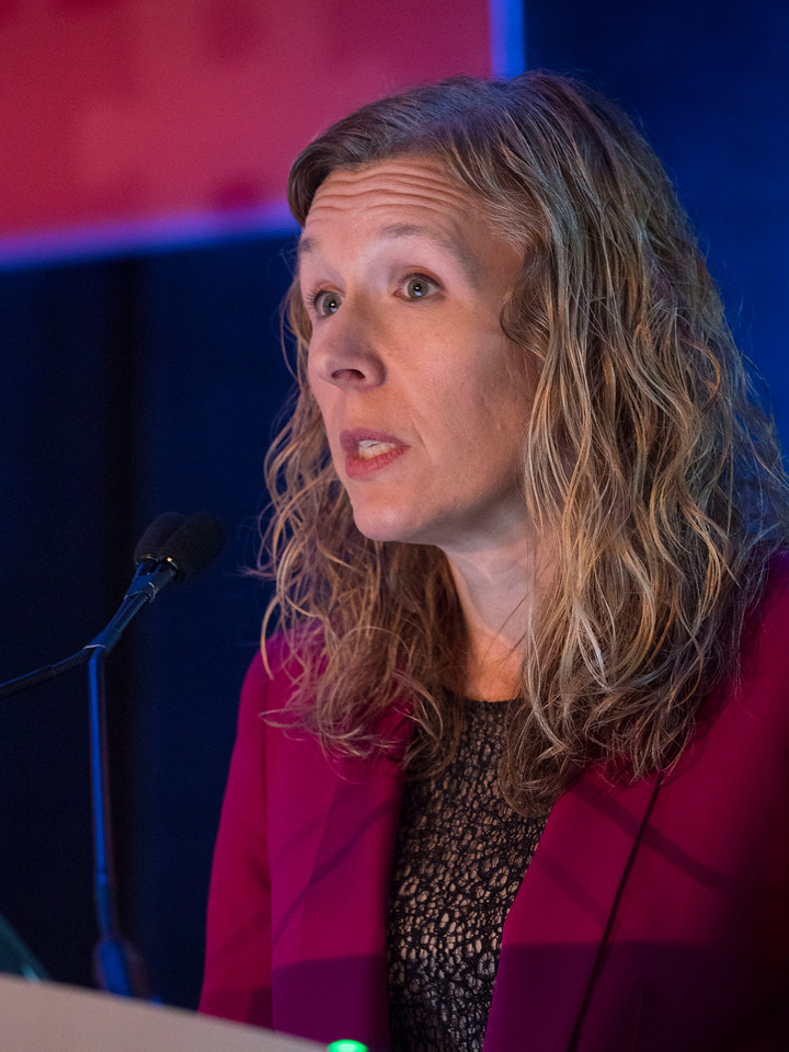 Jennifer A. Ligibel, MD, speaks - Oral Abstract Session