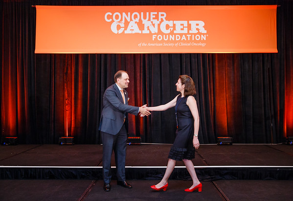 2017 Career Development Award Recipient Kim Reiss Binder, MD with Thomas G. Roberts, Jr., MD, Chair of the Conquer Cancer Foundation Board of Directors, during 2017 Grants & Awards Ceremony and Reception
