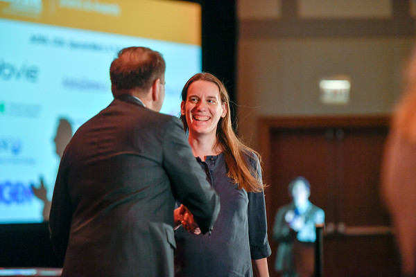 2017 YIA Recipient Jennifer Caswell-Jin, MD with Thomas G. Roberts, Jr., MD, Chair of the Conquer Cancer Foundation Board of Directors, during 2017 Grants & Awards Ceremony and Reception