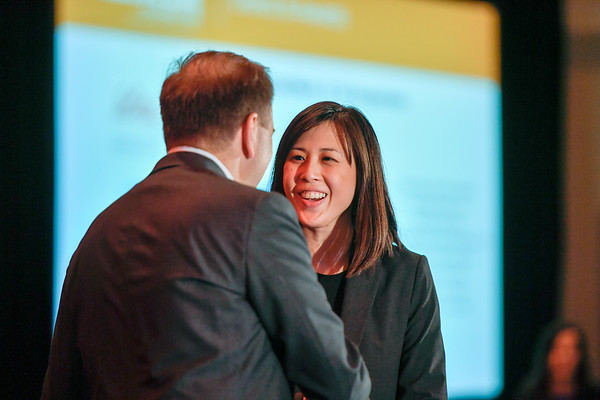 2017 YIA Recipient Wei-Chu Victoria Lai, MD with Thomas G. Roberts, Jr., MD, Chair of the Conquer Cancer Foundation Board of Directors, during 2017 Grants & Awards Ceremony and Reception