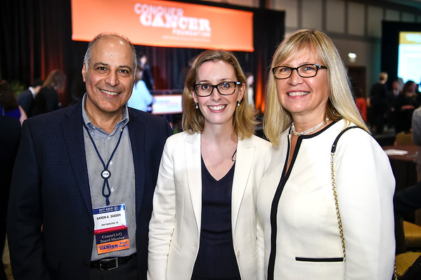 Aaron & Barbro Sasson with Ciara Kelly, MBBS, Women Who Conquer Cancer Young Investigator Award recipient during 2017 Grants & Awards Ceremony and Reception