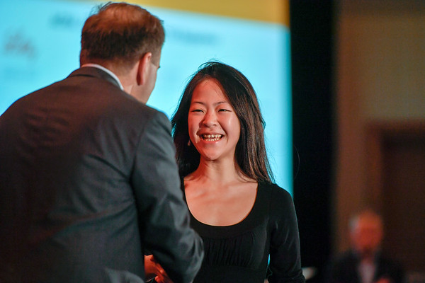 2017 YIA Recipient May Tun Saung, MD with Thomas G. Roberts, Jr., MD, Chair of the Conquer Cancer Foundation Board of Directors, during 2017 Grants & Awards Ceremony and Reception