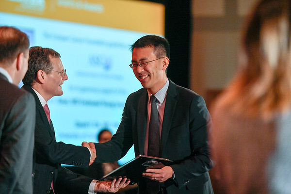 2017 YIA Recipient David Oh, MD, PhD with Thomas G. Roberts, Jr., MD, Chair of the Conquer Cancer Foundation Board of Directors, during 2017 Grants & Awards Ceremony and Reception