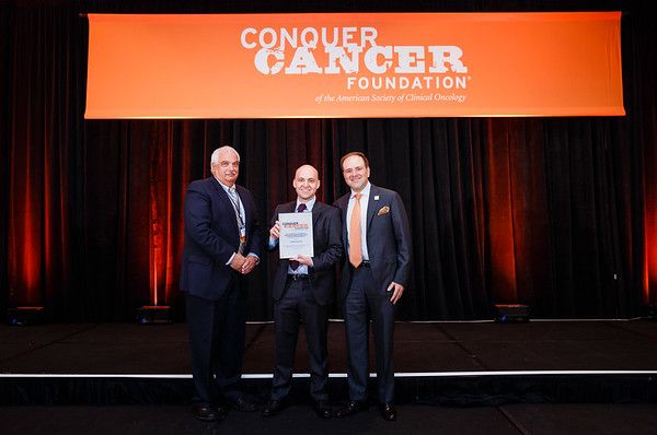 2017 Conquer Cancer Foundation Grant and Award Recipients with Thomas G. Roberts, Jr., MD, Chair of the Conquer Cancer Foundation Board of Directors, during 2017 Grants & Awards Ceremony and Reception