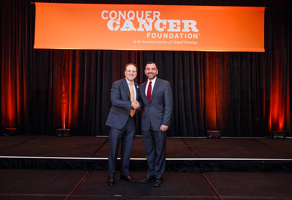 2017 Career Development Award Recipient Mark Awad, MD, PhD with Thomas G. Roberts, Jr., MD, Chair of the Conquer Cancer Foundation Board of Directors, during 2017 Grants & Awards Ceremony and Reception