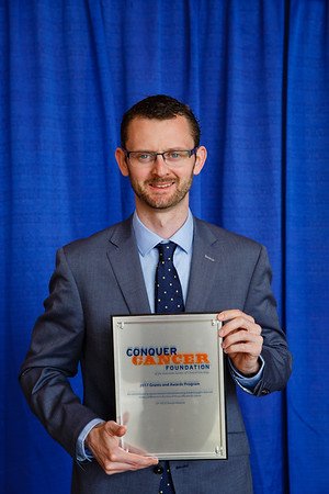 2017 Young Investigator Award Recipient Robert Smyth, MB, MSc during 2017 Grants & Awards Ceremony and Reception