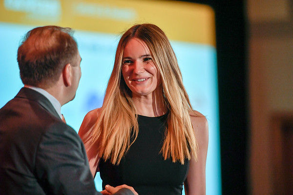 2017 IDEA Recipient Simonida Bobic, MD with Thomas G. Roberts, Jr., MD, Chair of the Conquer Cancer Foundation Board of Directors, during 2017 Grants & Awards Ceremony and Reception