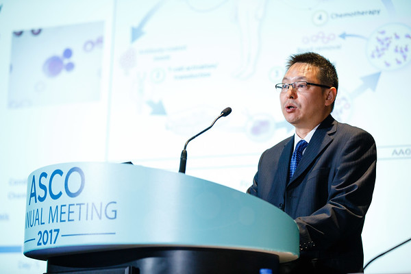 Wanhong Zhao Nanjing Legend Biotech, presenting Abstract LBA3001, Durable remissions with BCMA specific chimeric antigen receptor (CAR)-modified T cells in patients with refractory/relapsed multiple myeloma, during Monday Press Briefing