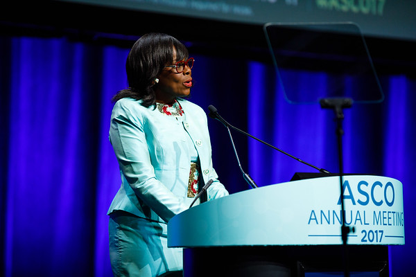Olufunmilayo Olopade, MBBS, FACP, FASCO, accepting the Humanitarian Award during Opening Session