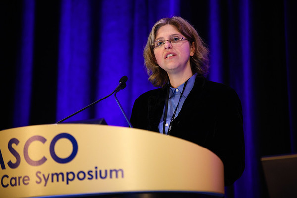 Laura Panattoni, PhD, presenting her paper during Oral Abstract Session A