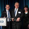 Clifford A. Hudis, MD, FACP, FASCO, honoring ASCO President, Bruce E. Johnson, MD, FASCO, during President's Dinner