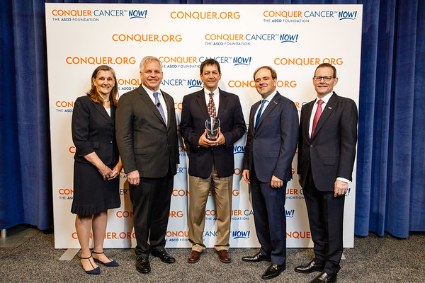 Conquer Cancer Top Donor, Merck & Co., Inc., with ASCO leadership during 2018 Conquer Cancer Top Donor Awards
