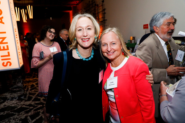 Drs. Debra Patt and Linda Bosserman during 2018 Conquer Cancer Foundation Dinner