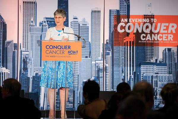 Featured speaker and cancer survivor Linda Zanetti speaks during 2018 Conquer Cancer Foundation Dinner