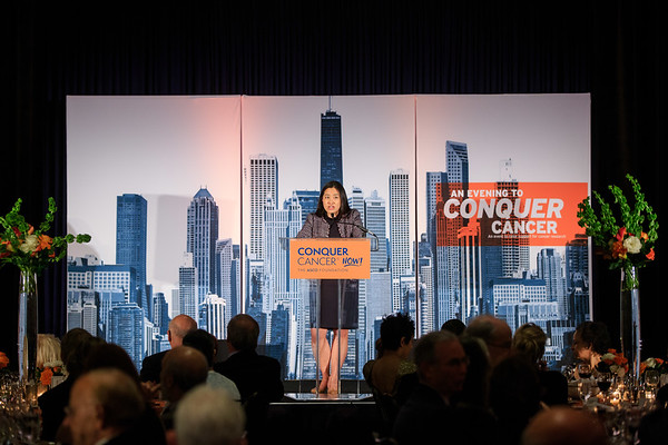 Featured speaker and Conquer Cancer 2014 Young Investigator Award (YIA) recipient and 2017 Career Development Award (CDA) recipient, Jacqueline Garcia, MD, speaks during 2018 Conquer Cancer Foundation Dinner