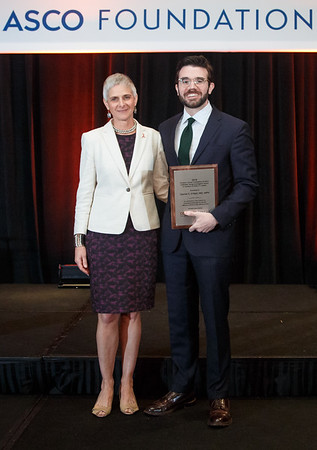 Endowed Young Investigator Award in memory of Evelyn H. Lauder during 2018 Grants & Awards Ceremony and Reception