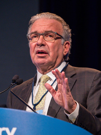 Philip W. Kantoff, MD, discusses Abstract 3 and Abstract 161 during Oral Abstract Session A: Prostate Cancer