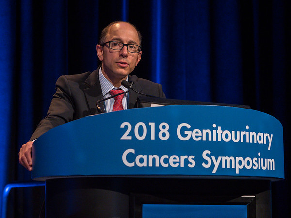 Stephen Boorjian, MD, moderating the session during Rapid-Fire Abstract Session: Renal Cell Cancer
