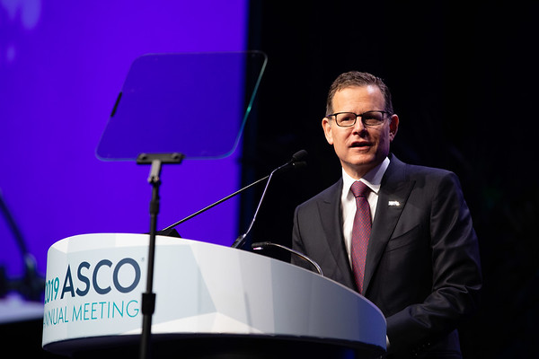 Opening Session Clifford A. Hudis, MD, FACP, FASCO, introducing 2018-2019 ASCO President, Monica M. Bertagnolli MD, FACS, FASCO
