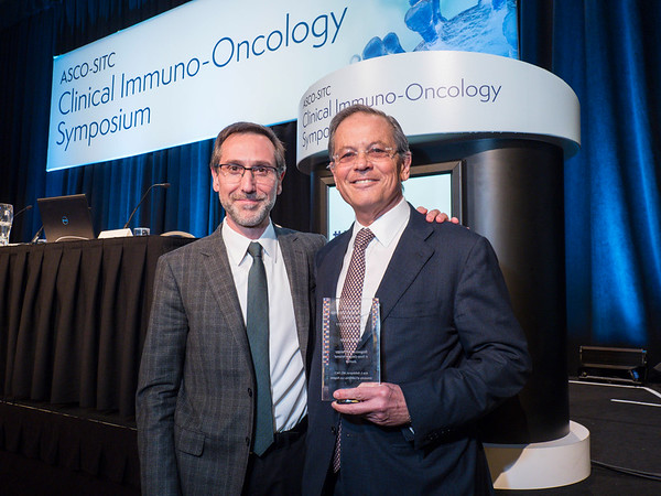 Arie S. Belldegrun, MD, FACS, receives the Keynote Award
