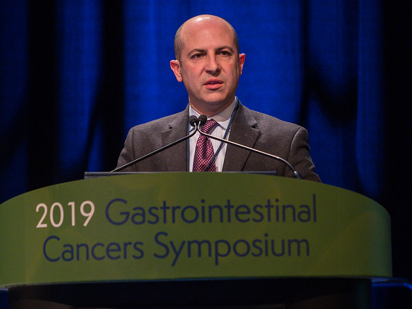 Dr. Zev A. Wainberg discusses Abstract 187, during Oral Abstract Session B