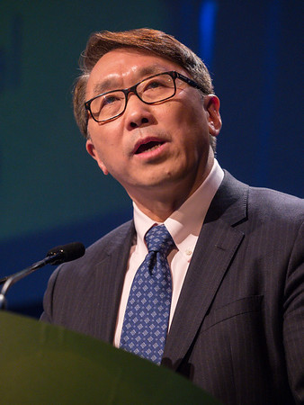 Dr. Andrew X. Zhu discusses Abstract 189 during Oral Abstract Session B