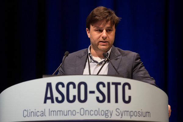 """Matthew Hellmann, MD, Memorial Sloan Kettering and Weill Cornell Medical College, presenting Abstract #77, """"Estimating long-term survival of PD-L1-expressing, previously treated, non-small cell lung cancer patients who received pembrolizumab in KEYNOTE-001 and -010"""""""