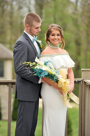 ASHLEY AND MIKE PROM 2018