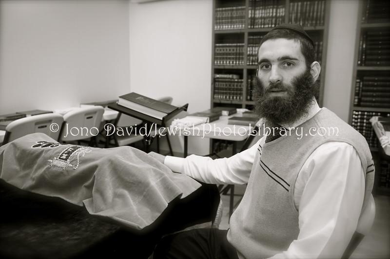 KR 60  Rabbi Osher Litzman