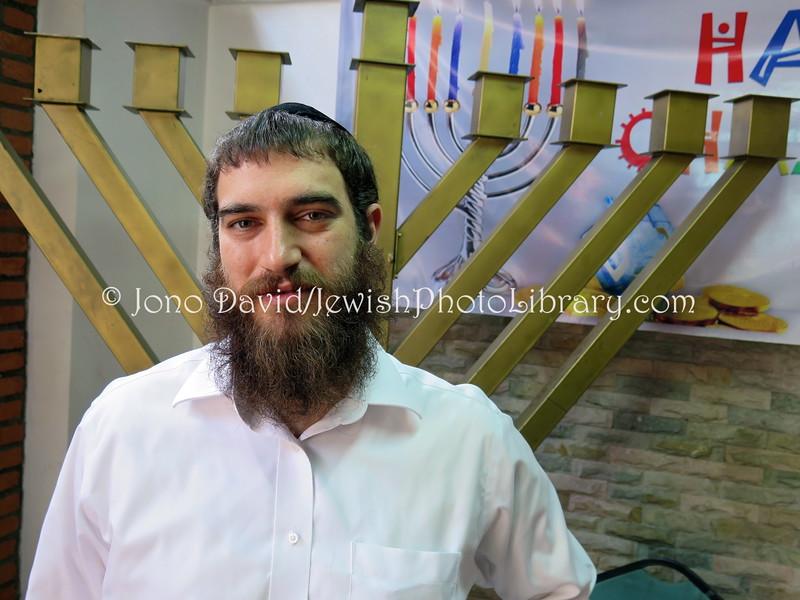VN 54  Rabbi Menachem Hartman