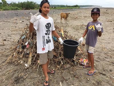 Medewi Beach Grom Clean