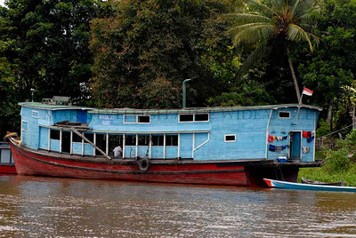 Bandung cargo boat